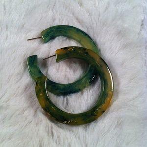 Vintage Creamed Spinach Catalin/Bakelite Earrings